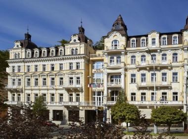 Hotel Excelsior Spa & Wellnes,...