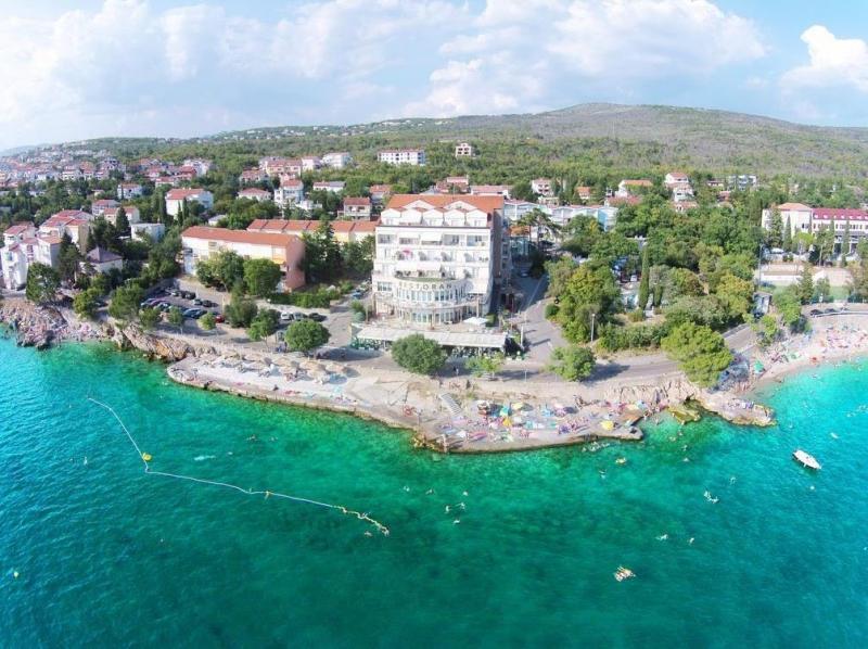 Hotel Marina - Razvajanje tik ob morju, Selce,